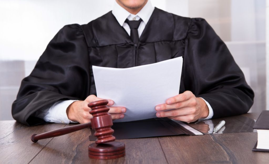 How to Choose the Right DWI And DUI Attorney